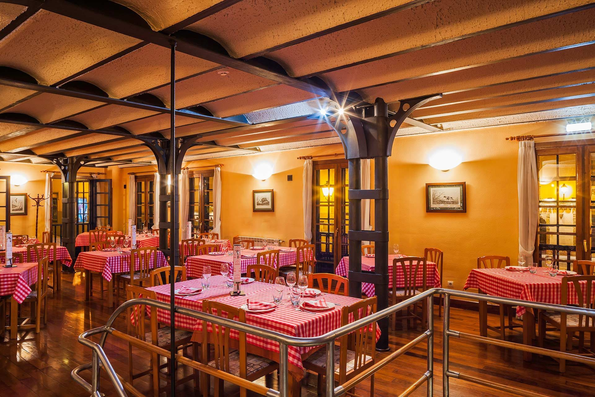 Sala del Restaurante Casa Ramón en Oviedo