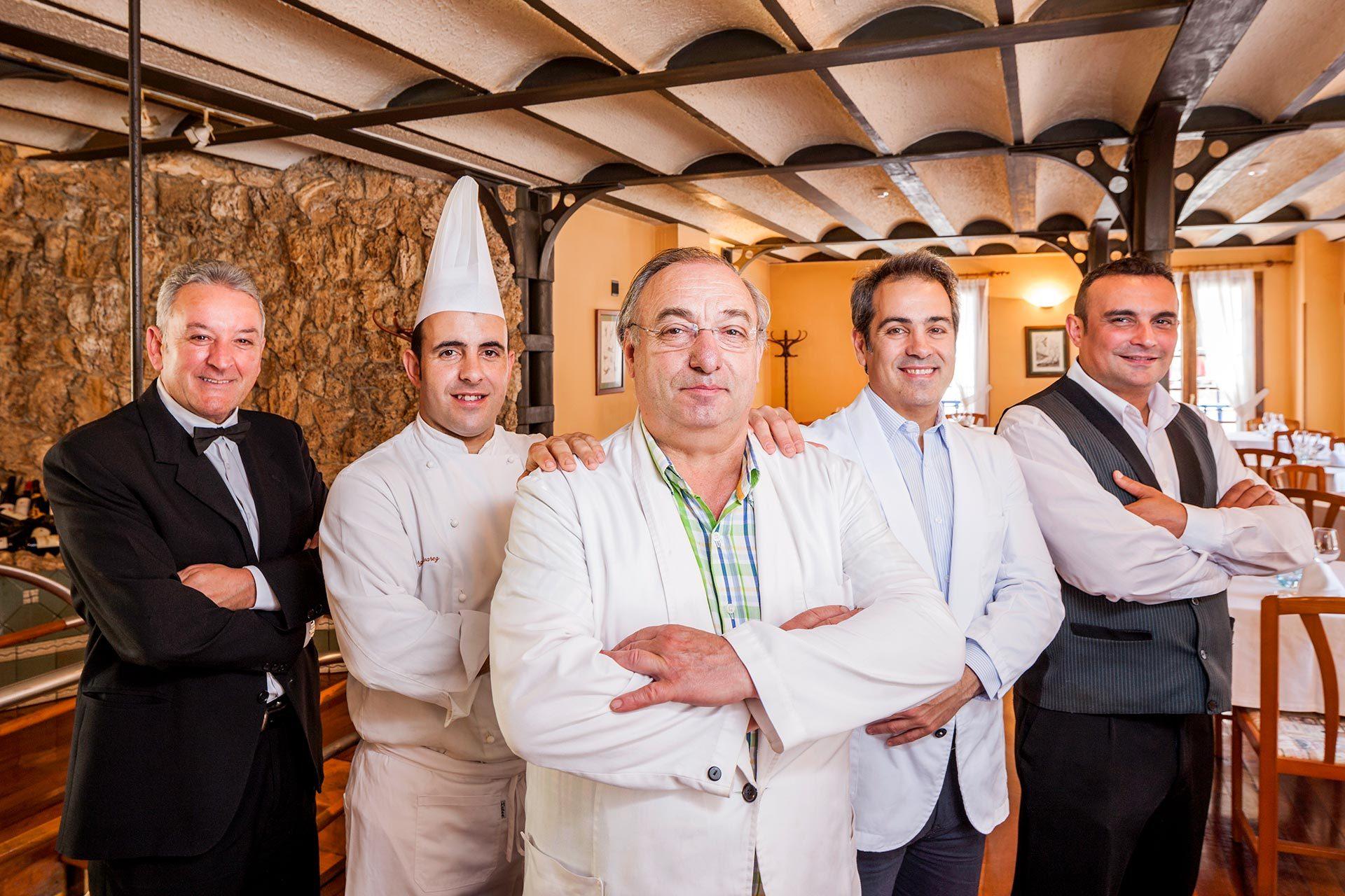 Plantilla del Restaurante Casa Ramón en Oviedo
