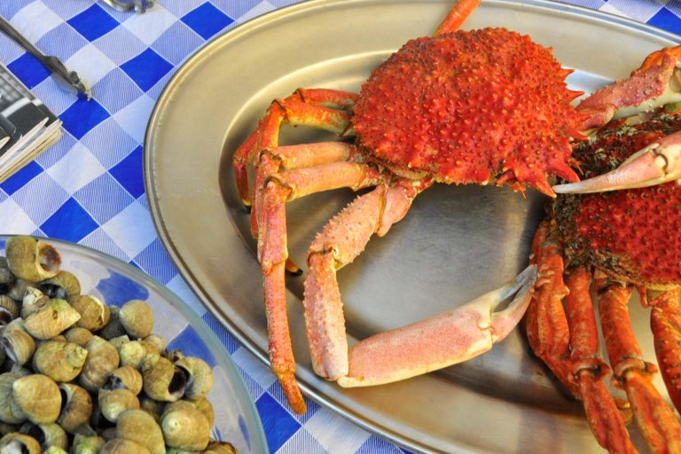 Crabs and periwinkles at Casa Ramón Restaurant in Oviedo